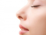 kozmetikus-kozmetika-kozmetikai-borhamlasztas-intimgyanta-fazongyanta-szortelenites-brazilgyanta-intimkozmetika-gyantazas-hamlasztas-e1347217198525[1]