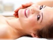 kozmetikus-kozmetika-kozmetikai-hamlasztas-bor-borapolas-arcapolas-arckezeles-budapest-intimgyanta-fazongyanta-brazilgyanta-bikinigyanta-intimkozmetika[1]