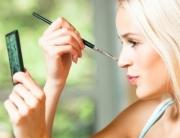 smink-gyors-kozmetika-kozmetikus-budapest-intimgyanta-intimkozmetika-szemoldok-e1359827950841[1]