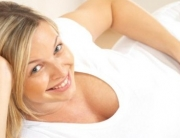 terhesseg-varandossag-pattanas-akne-arckezeles-kozmetikai-kozmetikus-e1393712211348[1]